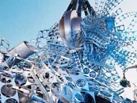 Dino Container Berlin entsorgt Abfälle aller Art. Auch Selbstanlieferung am Recyclinghof ist möglich.