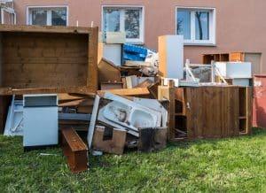 Günstiger Sperrmüllcontainer um Abfälle zu entsorgen